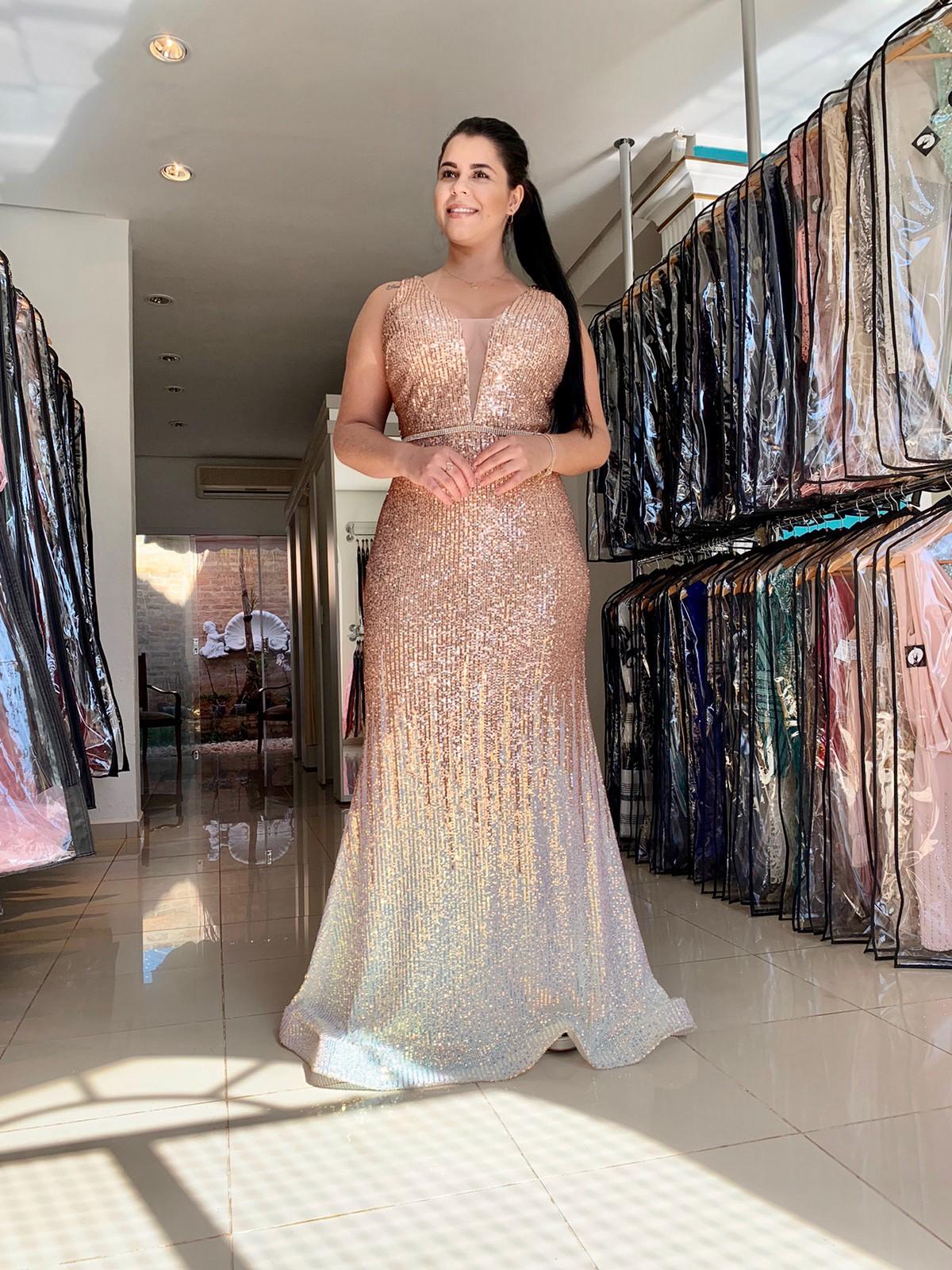Vestido Longo Plus Size Dourado Degradê